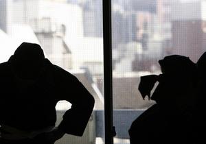 В США одетые в костюмы ниндзя люди отняли у курьера марихуану