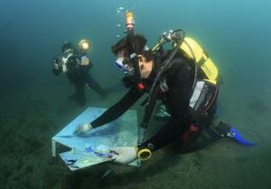 Фотогалерея: На дне. Киевлянин нарисовал самую большую картину под водой