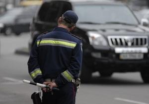 Би-би-си: За крымского гаишника, который обматерил водителя, вступился дядя-депутат