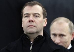 Путин заявил, что Медведев поддержал его идею создания народного фронта