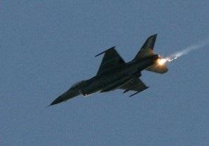 В Бельгии из-за столкновения со стаей птиц разбился истребитель F-16