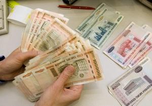 Банки Беларуси снимают ограничения на операции в валюте по рублевым картам