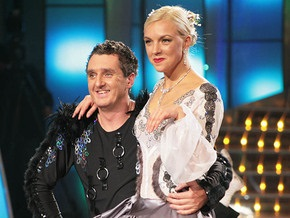 Призеру шоу Танцую для тебя подарили квартиру в Киеве