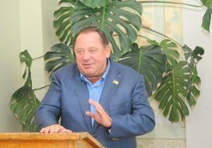 Регионал, баллотирующийся в Ирпене, получил 353 тысяч гривен материальной помощи