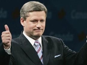Премьер-министр: Канада первой выйдет из кризиса