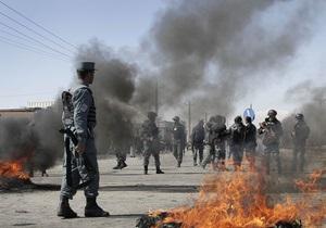 В Афганистане террорист-смертник подорвал себя посреди многолюдного рынка, есть жертвы