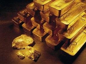 Рынок сырья: Цена золота падает