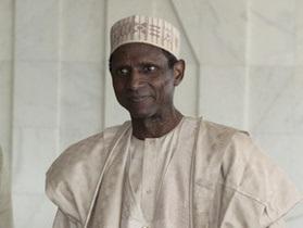 Правозащитники объявили в розыск президента Нигерии