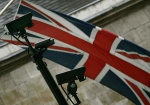 В Британии экс-министр энергетики и его супруга осуждены на 8 месяцев тюрьмы