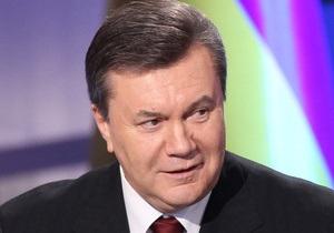 Янукович спел в прямом эфире