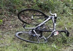 В Киеве 14-летний мальчик на велосипеде сбил трехлетнего ребенка