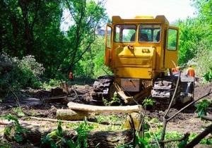 Кернес проигнорировал решение комитета Рады о запрете вырубки деревьев в парке Горького