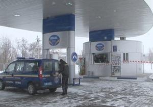 В Луганской области в результате райзбойного нападения погибла оператор АЗС