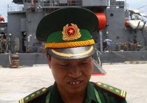Конфликт интересов в Южно-Китайском море: корабли Вьетнама и Индии готовы противостоять Китаю