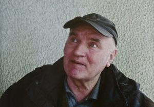 Сербия начала экстрадицию Младича в Гаагу