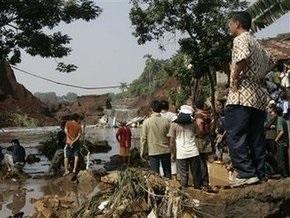 Число жертв катастрофы в Индонезии достигло 91 человека