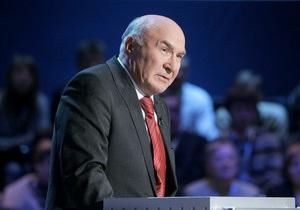 Янукович предлагает назначить главой НБУ вместо Стельмаха его первого заместителя