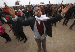 Генсек ООН призвал власти Ливии прекратить атаки на мирных жителей