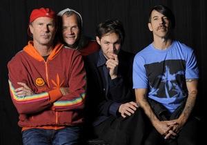 Вышел бесплатный мини-альбом Red Hot Chili Peppers