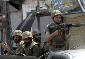 Пакистан пообещал США ударить по талибам