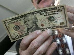 Доллар стремительно растет на межбанке