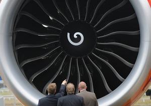 В двигатель самолета с депутатами итальянского парламента попал заяц