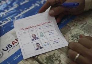 Египтяне выбирают между исламистом и соратником Мубарка