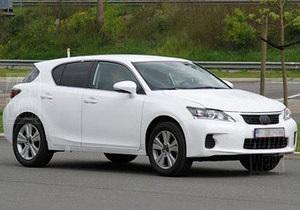 Lexus начал испытания нового компактного кроссовера
