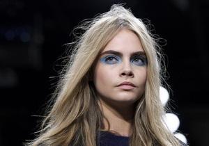 Топ-модель Кара Делевинь сделала свое имя товарным знаком