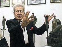 Известному скульптору Никогосяну вернули украденные бюсты