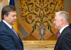 Двое министров считают обоснованной критику Януковича