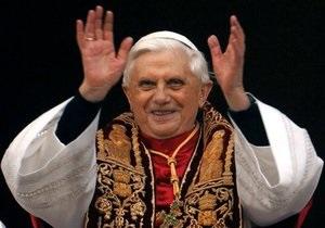 Ватикан: Операция на сердце никак не повлияла на решение Бенедикта XVI отречься от престола