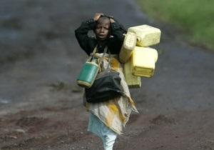 В ДР Конго грузовик упал в озеро: около 50 погибших