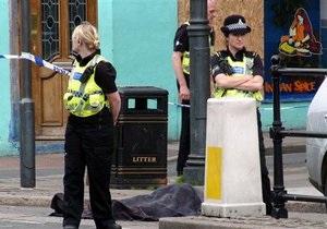 Британская полиция обнаружила тело мужчины, открывшего стрельбу по прохожим