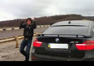 СМИ: Сын Кернеса ездит на BMW Х6 со скоростью 260 км/час