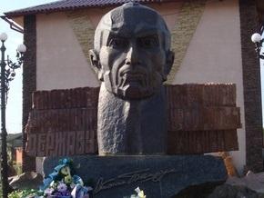 Поляки требуют запретить въезд в Польшу участников веломарафона памяти Бандеры