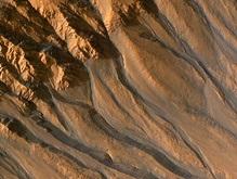 На Марсе обнаружен молодой ледник