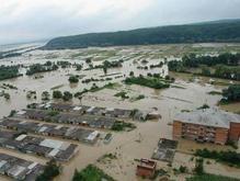 Красный Крест: 60 тысяч пострадавших от наводнения нуждаются в еде и воде