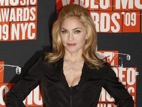 Мадонна оказалась на вершине британского хит-парада
