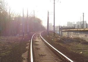 В Кременчуге поезд протаранил грузовик