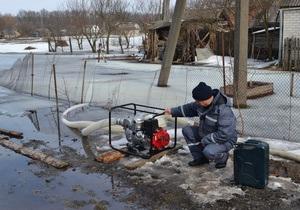 Бровары - наводнение - новости Киевской области - потоп - В Броварах устраняют случаи затопления домов и придомовых территорий