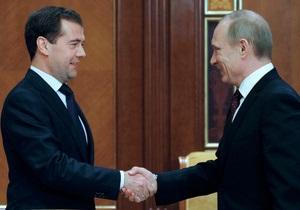 Медведев объяснил, почему они с Путиным не сообщали, кто будет баллотироваться в президенты