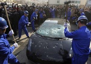 Китаец отметил Всемирный день потребителя, разбив свой Lamborghini