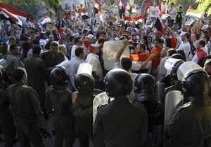 ООН обвиняет сирийских силовиков в преступлениях против человечности. ЕС ужесточает экономические санкции