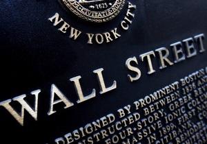 Финансисты США получили в 2010 году $135 млрд в виде бонусов