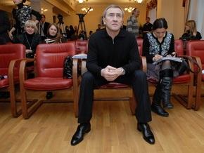 Черновецкий пообещал к марту вернуть долги по зарплате
