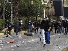 Греческие анархисты вновь напали на российских телевизионщиков