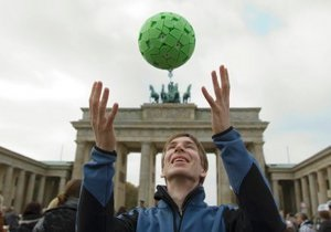Житель Германии изобрел камеру для съемок 360-градусных панорам