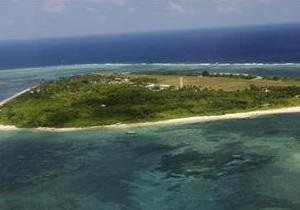 Китайский корабль снялся с мели возле спорных островов