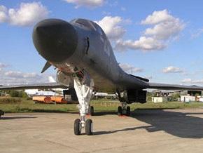 В Мельбурне бомбардировщик США В-1В совершил аварийную посадку